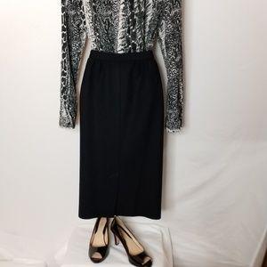 Vintage Pendleton-Petit,e Virgin Wool black skirt.